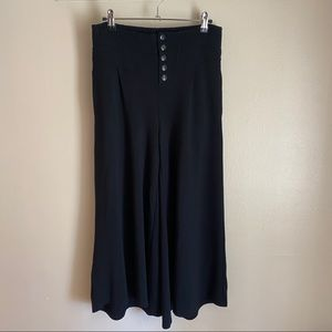 Anthropologie stretchy culottes in black, XS